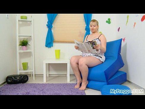 Pregnant Jenny #01 from MyPreggo.com