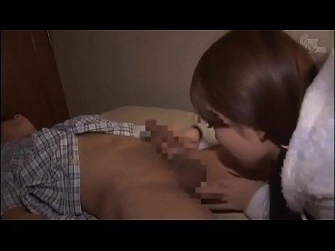 【ロリ動画】ゆるふわ少女が女性の体のことを何も知らない彼に手コキフェラ♪