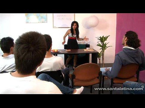 Sexo em academia de educação sexual