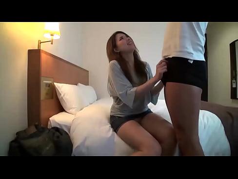 【ナンパ動画】感度抜群のスレンダー美女をナンパしてホテルでハメ撮り!!