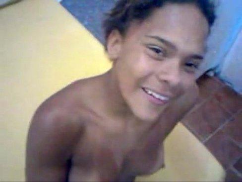 Novinha carioca fodendo por dinheiro