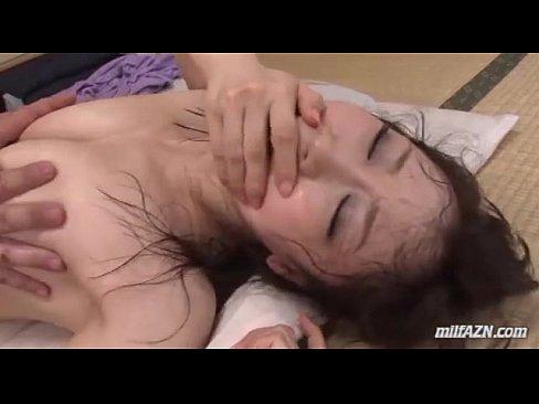 【xvideos】汗だく綺麗な熟女のバックレイプ無料エロ動画!【熟女動...