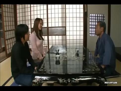 人妻 巨乳人妻が義父とSEX  日本人動画|巨乳屋 無料巨乳エロ動画...