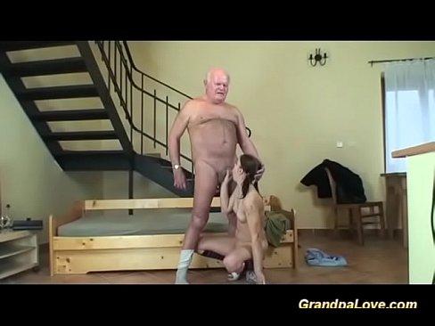 Filme Porno Violuri Bunicul Isi Fute Nepoata