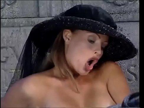 Video Porno Total Se Fute Cu Cele Doua Fete Virgine