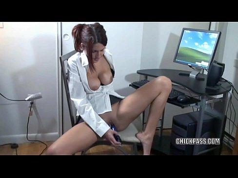 Redhead MILF Lavender Rayne masturbates in her short skirt
