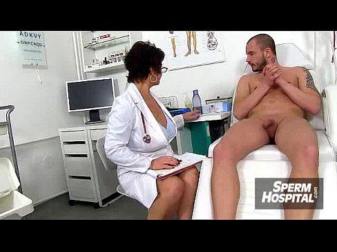 Medica Bate Uma Punheta Para Paciente Dentro Do Hospital