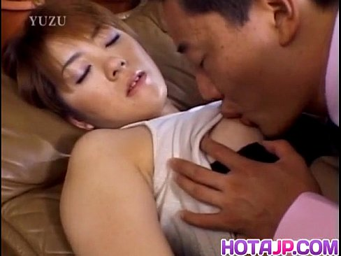Horny Teen Yui Saotome Gives A Steamy Head Be