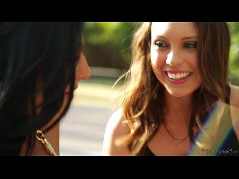 http://img-egc.xvideos.com/videos/thumbslll/a7/d3/aa/a7d3aa358e91634dfc1afc56c779d468/a7d3aa358e91634dfc1afc56c779d468.6.jpg