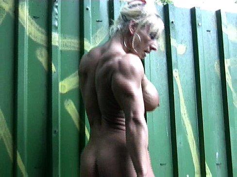 blondegoddessnudeposing