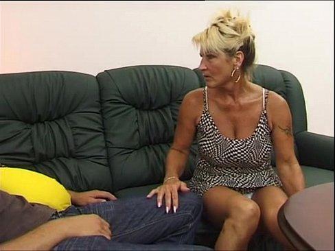 Племянник трахнул молодую пышногрудую тётю фото 497-230