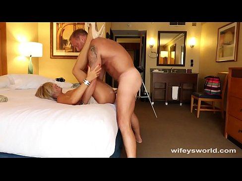 Mamica Corpolenta Se Fute Cu Sotul La Hotel Xxx