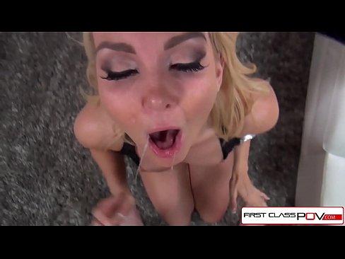 Mamica Sexy Care Este Fututa Si Ejaculata In Gura