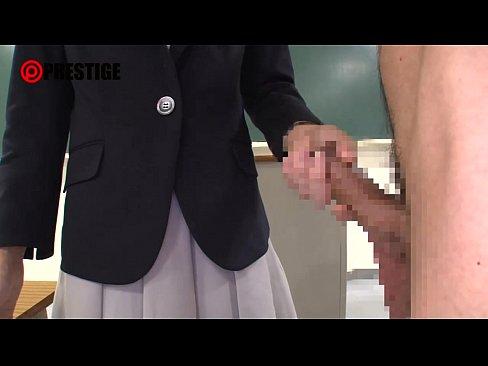 女教師がおっさんを全裸にさせてお説教からのフェラチオ!これぞアメとムチ!  素人