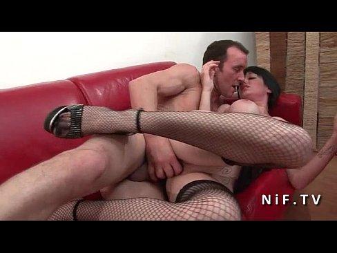 На кастинге французская парочка демонстрирует жёсткий секс