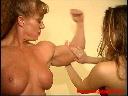 Femeie Cu Muschi Face Sex Cu Alta Tipa Lesbiana
