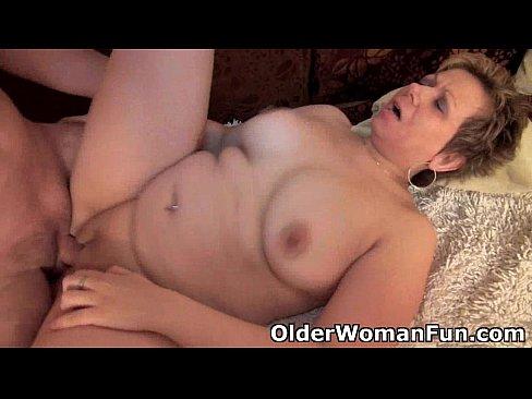 Толстая бабка ебется смотреть онлайн фотоография