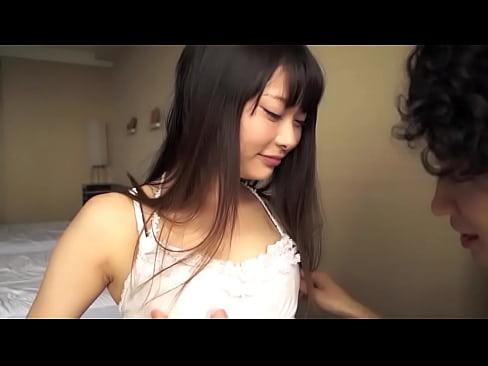 【無料エロ動画】グラドルみたいな美ガールがハメドリ作品に登場し若いイ...