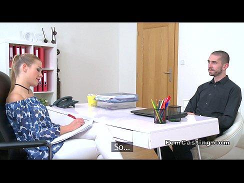 Femeie Cu Experienta In Futut Si Muie Vine La Casting
