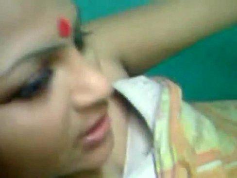 Horny Bangla Aunty Nude Fucked by Lover at night