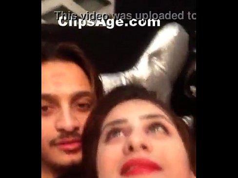 Sexy Pakistani couple