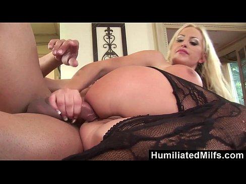 HumiliatedMilfs - Savannah Gold's Anal koolaid Squirting