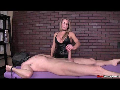 Порно видео нарезка зрелые оргазмы