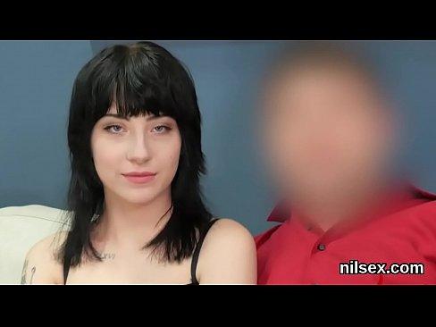Порно завязал глаза и отдал другому онлайн фото 224-83