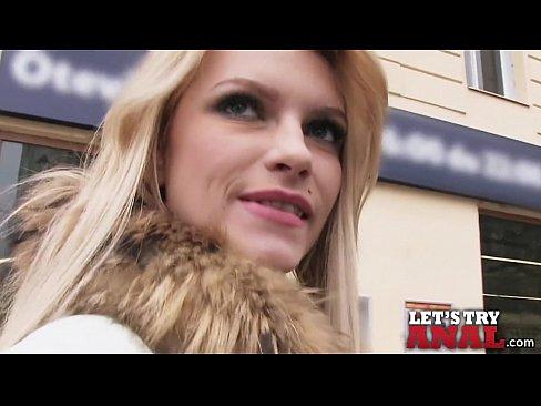 Mofos.com - Karina Grand - I Know That Girl