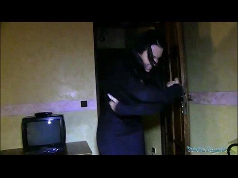 Fututa Atat De Dur Si Muita Agresiv O Prostituata Ce Se Fute Noaptea