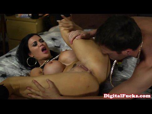 Смотреть порно онлайн большие бидоны фото 241-814
