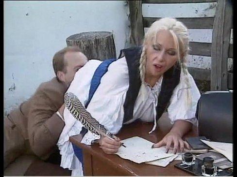 Porno In Excursia Scolara Directorul Fute Secretara La Birou