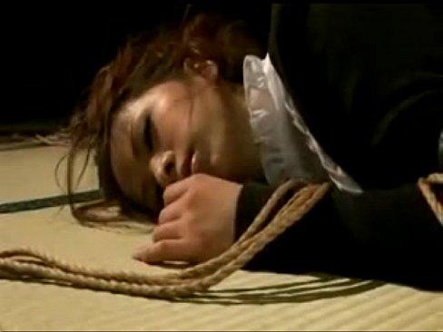 SMオナニー動画。「ほら、乳首が取れちゃうぞ?」SMの新境地!