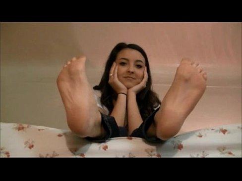 www.FeetAndLegsPorn.com Teen Got Sext Legs and Fucked
