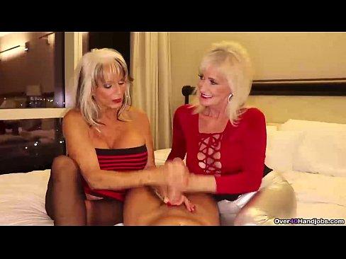 Playboy Andreea Mantea Si Daniela Crudu Fac Sex La Hotel