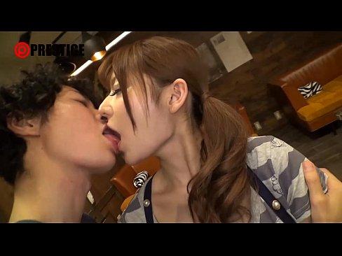 AV女優の大島美緒が焼肉屋の店員だった頃に出演した『激カワ看板娘を狙え...