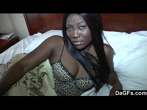 Videos de Sexo Video completo negra safada se masturbando