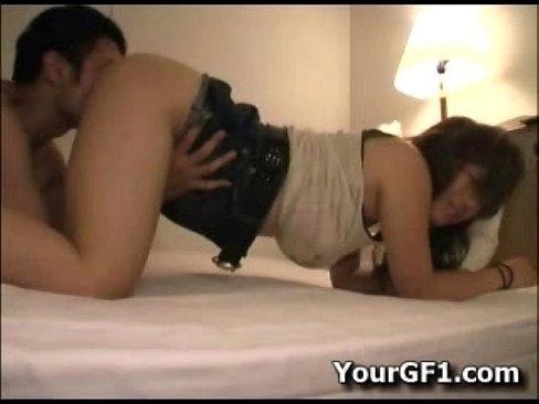 ナンパしたお姉様をホテルにつれこんでえドギースタイルでクンニしてあげる  素人