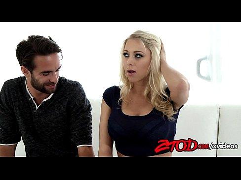 Katie Morgan sendo fodida por um jovem