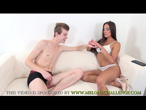 Casal de novinhos no sexo amador