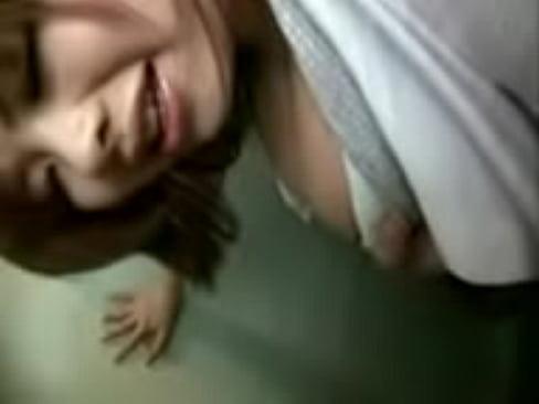 ミニスカの熟女の無料jukujyo動画。ミニスカートにパンスト、ハイヒ...