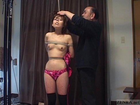 貧乳の姉のSM無料H動画。美女な貧乳お姉様が鼻フックされ悶絶するマニアックSM動画でもみる??  |美人X 美人専門XVIDEOSエロ動画まとめ