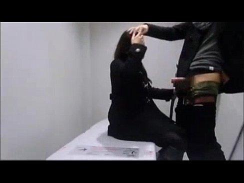 本屋の物陰で立ちバックするカップル、トイレへ直行して2回戦wwww