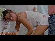 Picture Sexo con amor - Encoxada lavando roupa Esfre...
