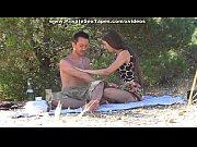 Picture Amateur oral sex on a romantic picnic scene