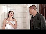 Picture Sister Boyfriend fuck elder sister in shower