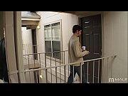 RedTube com homem pagando boquete e fodendo com o parceiro