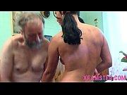 Porno La Restaurant Bunicul Care Violeaza Nepoata