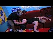 Boy safado dando o cu no sofá para o seu macho