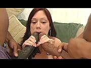Safada fazendo sexo com homens do pênis gigantes